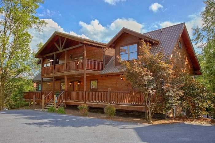 6 Bedroom Cabin in Alpine Mountain Resort - Chateau Relaxeau