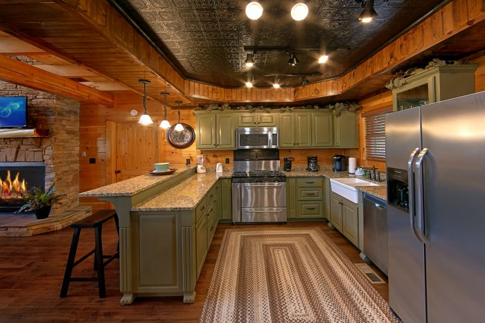 Luxury Cabin with Full Kitchen and Dining Room - Chateau Relaxeau