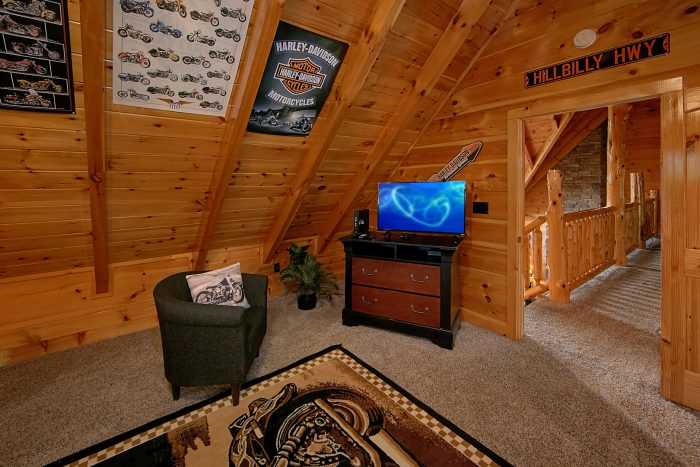 Harley Motorcycle Themed Room in Cabin - Alpine Mountain Lodge