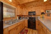 Spacious Kitchen 3 Bedroom Cabin Sleeps 11