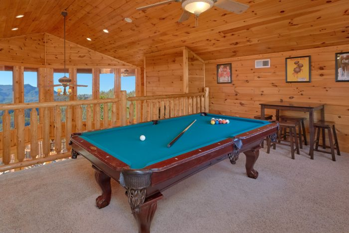 Pool Table 3 Bedroom Cabin Sleeps 11 - Cherokee Hilltop