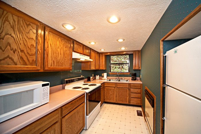 Smoky Mountain Vacation Rental with Kitchen - Cherokee Springs