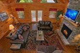 Premium Rental Cabin with Spacious Living Room