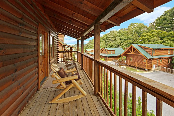 Pigeon Forge Cabin in Blackberry Ridge Resort - Cool Like Jazz