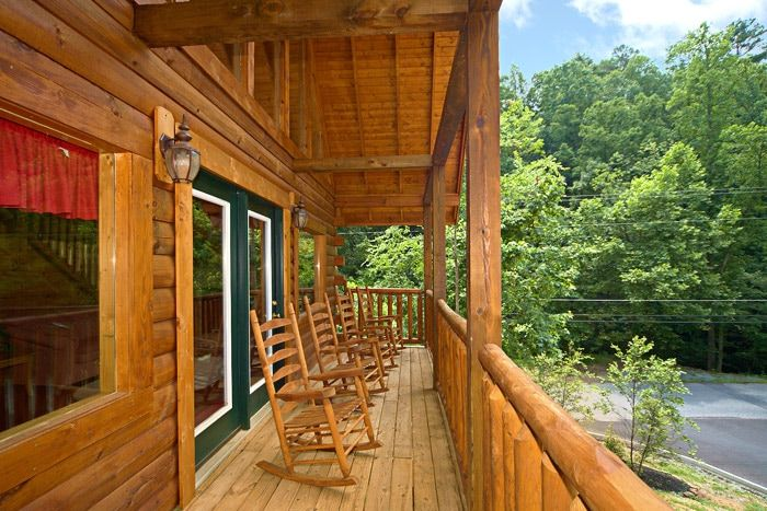 Cabin with Front Porch - Cowboy Up