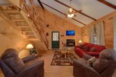 Comfortable 3 Bedroom Cabin Sleeps 8