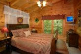 Luxury King Bed in 1 Bedroom Cabin with Jacuzzi