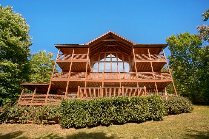 5 Bedroom Cabin with Mountain Views - Crown Jewel