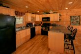 Spacious 5 bedroom Cabin with Large Kitchen