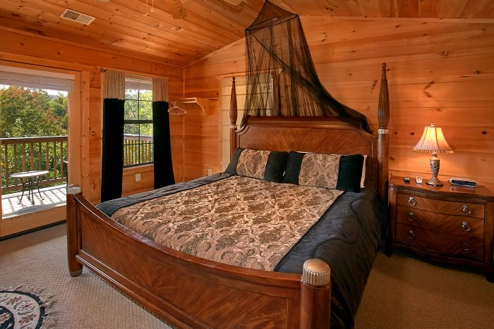 Cabin with 5 Private King Bedrooms - Crown Jewel