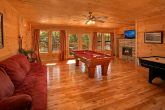 5 Bedroom Cabin with Game Room and Pool Table
