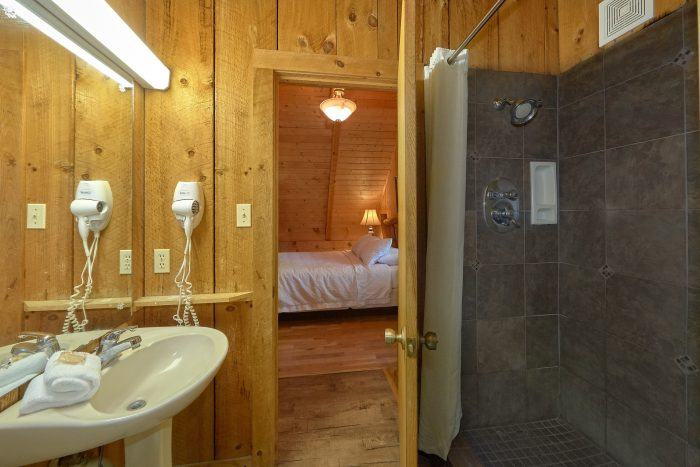 1 Bedroom Cabin with full-size washer and dryer - Cuddle Creek Cabin