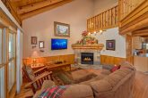 2 Bedroom Cabin in Pigeon Forge with Fireplace