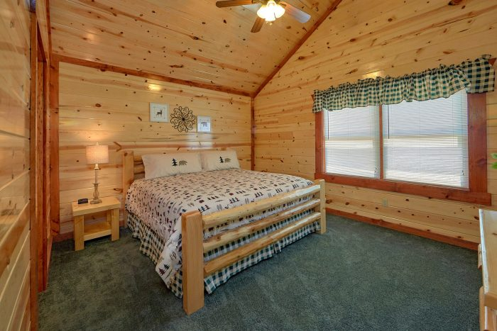 Dive inn luxury private pool cabin cabins usa for Dive inn
