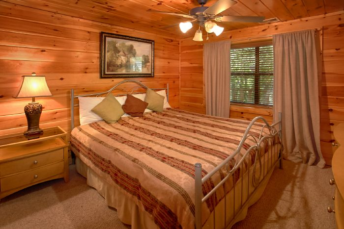 4 Bedroom Cabin with all King Beds - Dogwood Retreat