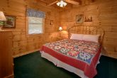 5 Bedroom Cabin with 5 King Bedrooms