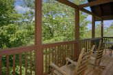 5 Bedroom Cabin with Wooded View and Rockers