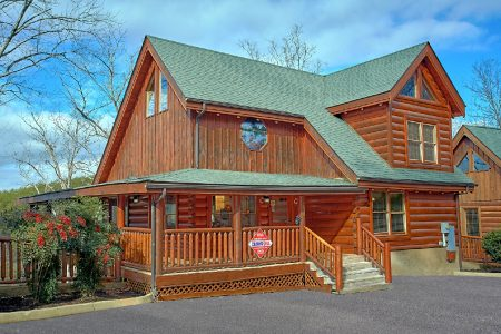Sky View: 4 Bedroom Sevierville Cabin Rental