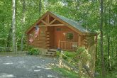 One Bedroom Honey Moon Cabin with Living Room