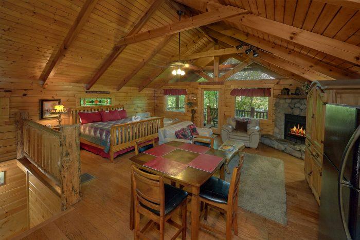 Gatlinburg Cabin with Washer and Dryer - Dreamweaver