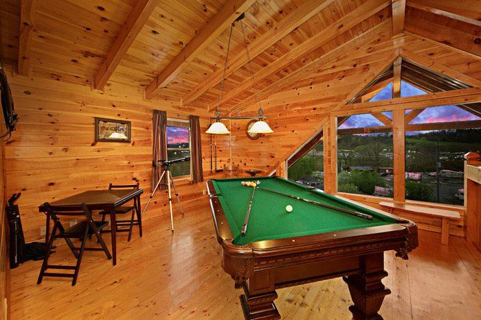 Pool Table in Loft - Duck Inn Lodge