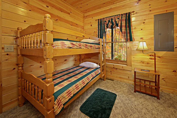 Cabin with Twin Bunk Beds - Duck Inn Lodge