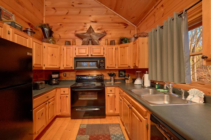 Luxury Cabin with Fully Equipped Kitchen - Dutch's Den