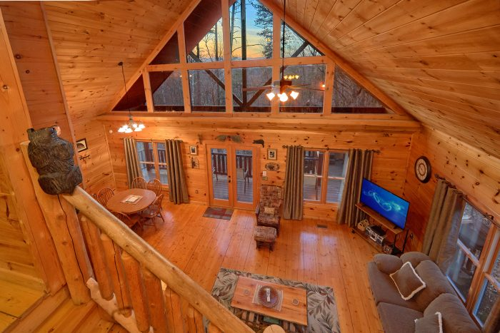 1 Bedroom Cabin near Pigeon Forge and Gatlinburg - Dutch's Den