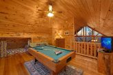 Spacious 1 Bedroom Cabin with Pool Table