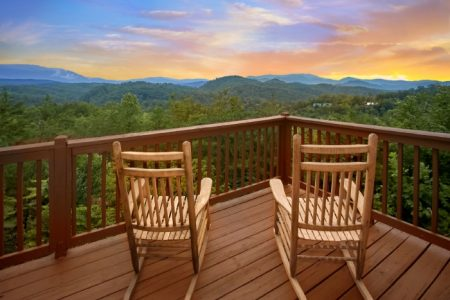 Fifty Mile View: 2 Bedroom Sevierville Cabin Rental