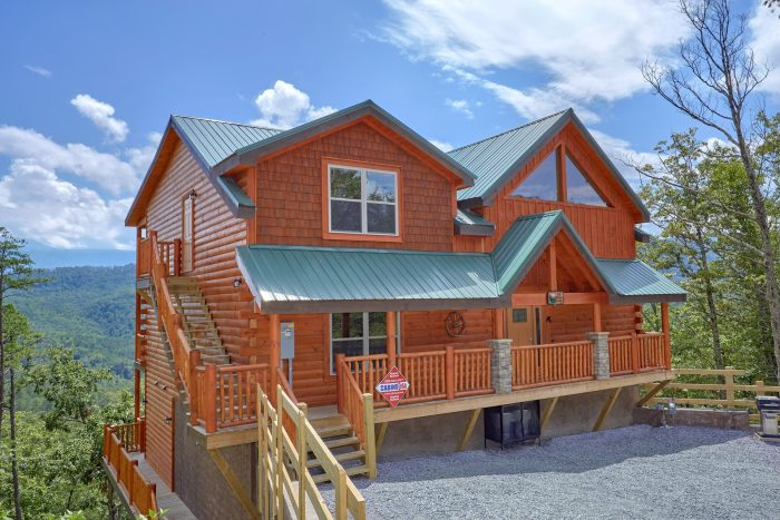 5 Bedroom Cabin with Resort Swimming Pool Access - Elk Ridge Lodge