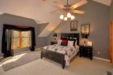 Beautiful 5 Bedroom Cabin Sleeps 14