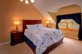 Comfortable 5 Bedroom Cabin Sleeps 14
