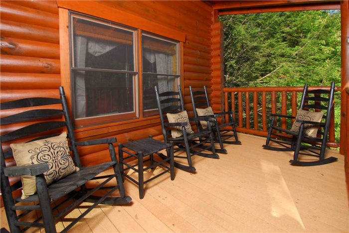 Spacious 5 Bedroom Cabin in Gatlinburg - Elkhorn Lodge