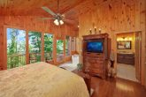 Cabin with King Suite, Jacuzzi Tub and Bathroom