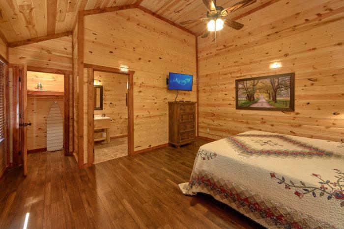 6 Bedroom Cabin Sleeps 14 All Flat Screen TV's - Family Fun Pool Lodge 1