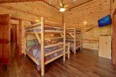 Large 6 Bedroom Cabin Sleeps 14 with Kids Room