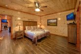 Luxurious 6 Bedroom Cabins Sleeps 14