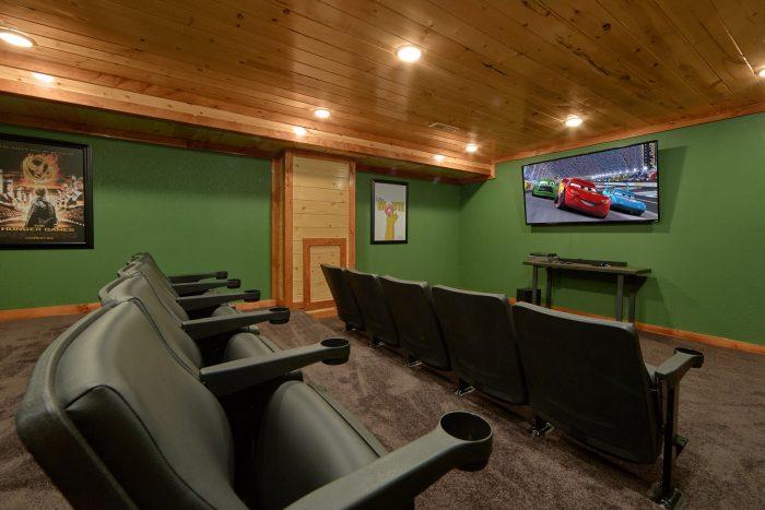 Beautiful Theater Room 6 Bedroom Cabin - Family Fun Pool Lodge 1