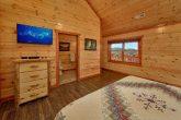 Spacious 6 Bedroom Cabin Sleeps 14