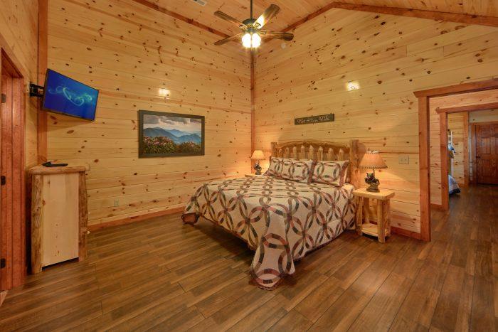 Spacious 6 Bedroom Cabin Sleeps 14 Indoor Pool - Family Fun Pool Lodge 2