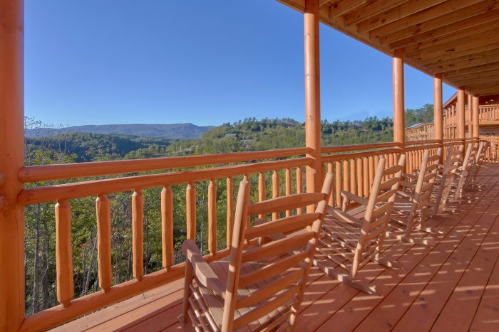 Spectacular Views 6 Bedroom Cabin Rocking Chairs - Family Fun Pool Lodge 2