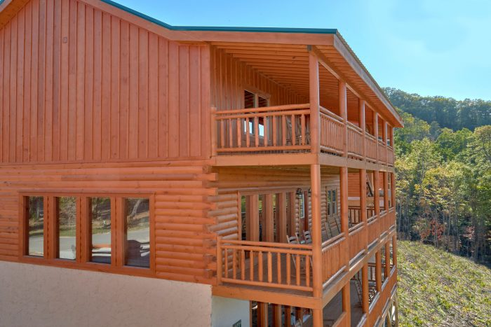 6 Bedroom Indoor Pool Cabin in Sevierville | Cabins USA