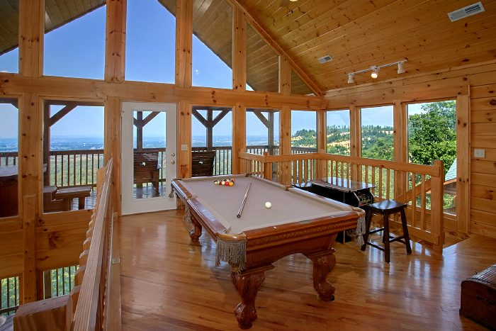 2 Bedroom Cabin with Pool Table and Arcade - Fifty Mile View