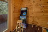 4 bedroom cabin with resort pool and patio