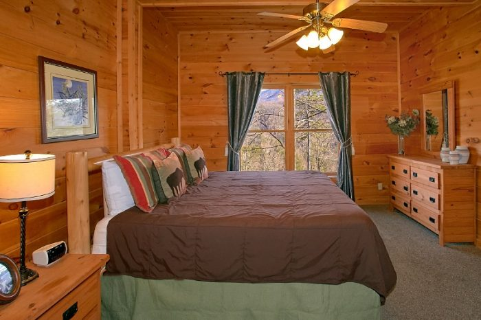 2 King Master Suite 3 Bedroom Sleeps 10 - Gatlinburg Views