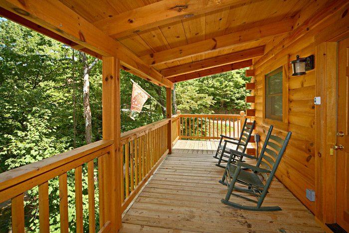 Honey Moon Cabin in Sky Harbor Resort - Get-n-Lucky