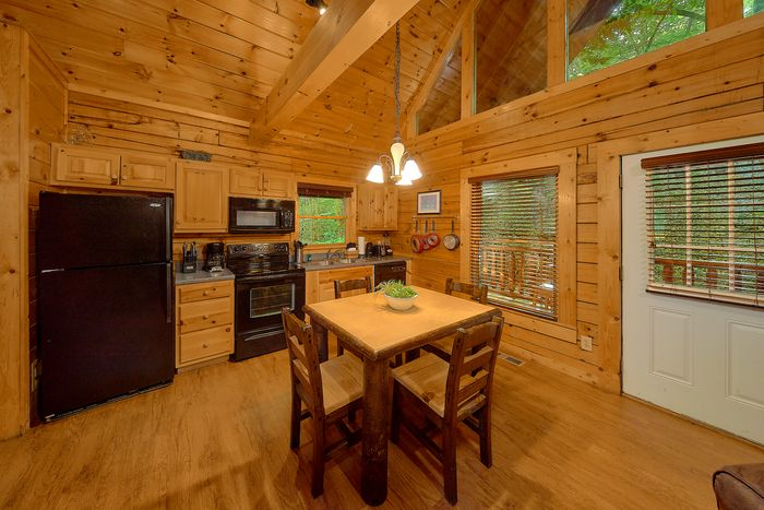 Luxurious Master King Suite in Cabin Rental -