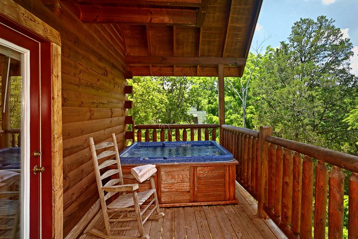 Hot Tub with Wooded Views - Great Escape