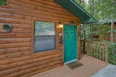 2 Bedroom Cabin with a Walk-Around Deck